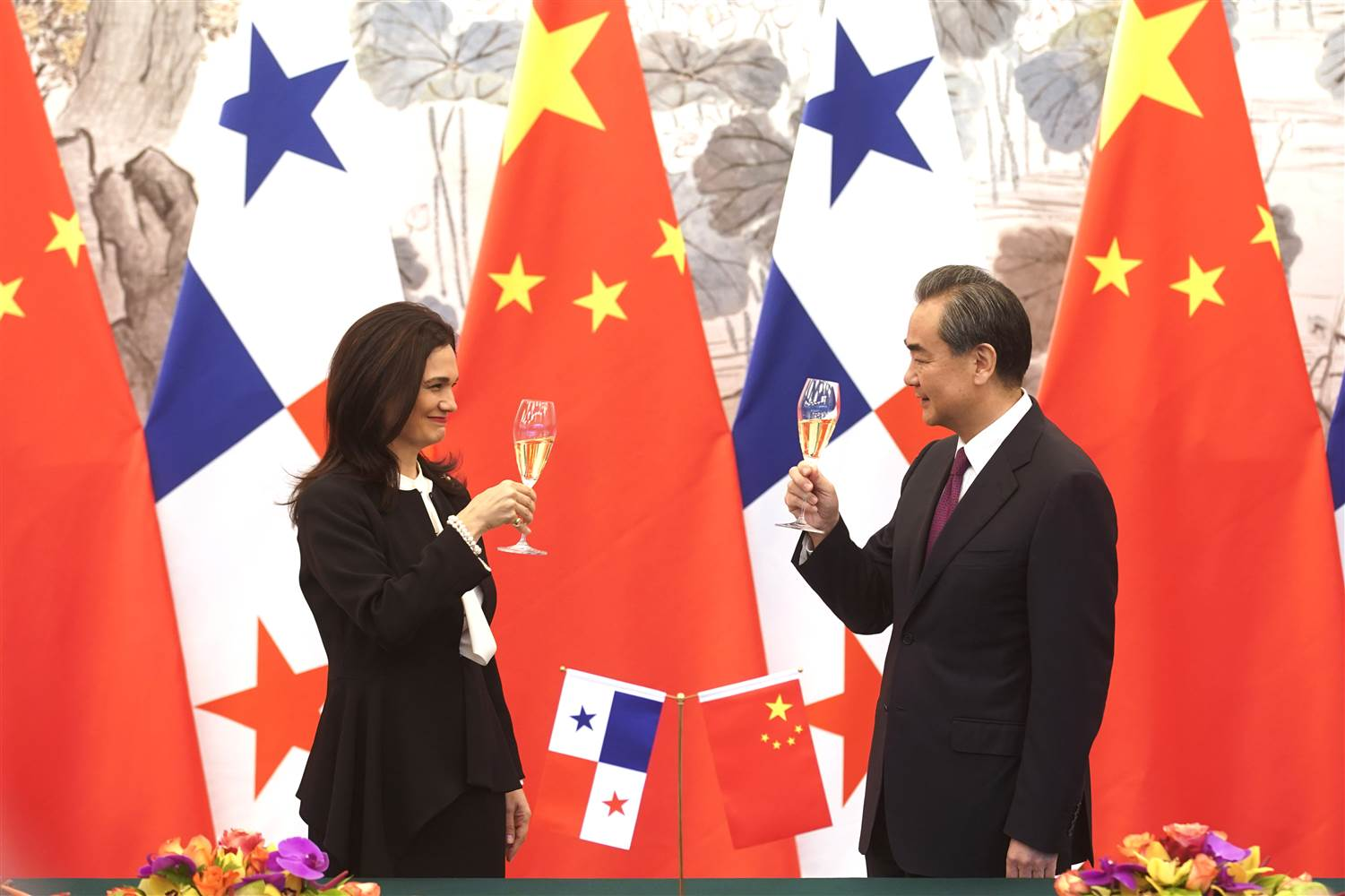 New relations between China and Panama